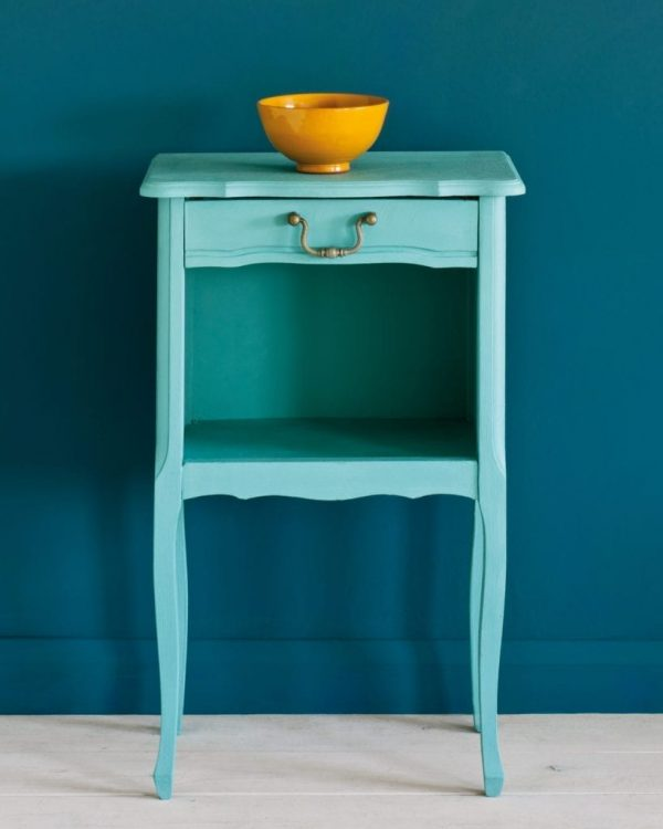 Provence-side-table-Wall-Paint-in-Aubusson-Blue-