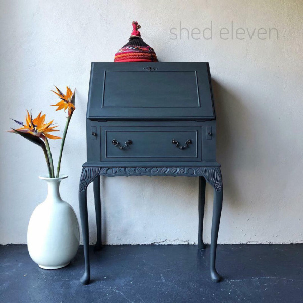 shed-eleven-grey-12