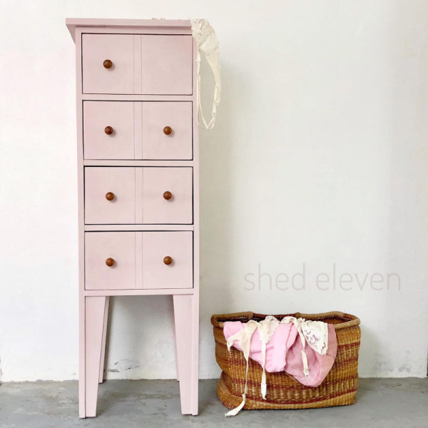 shed-eleven-pinks-6