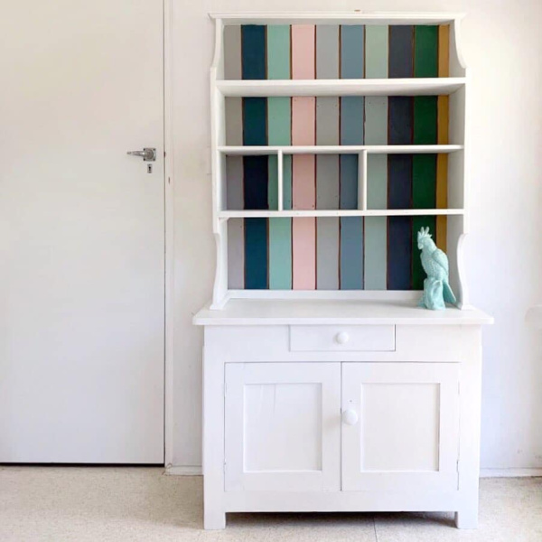 white-and-stripped-hutch