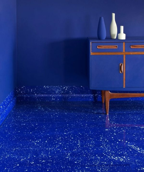 Napoleonic-Blue-room-with-splattered-Chalk-Paint-floor-painted-with-Gloss-Lacquer-and-G-Plan-cabinet-finished-with-Matt-Lacquer